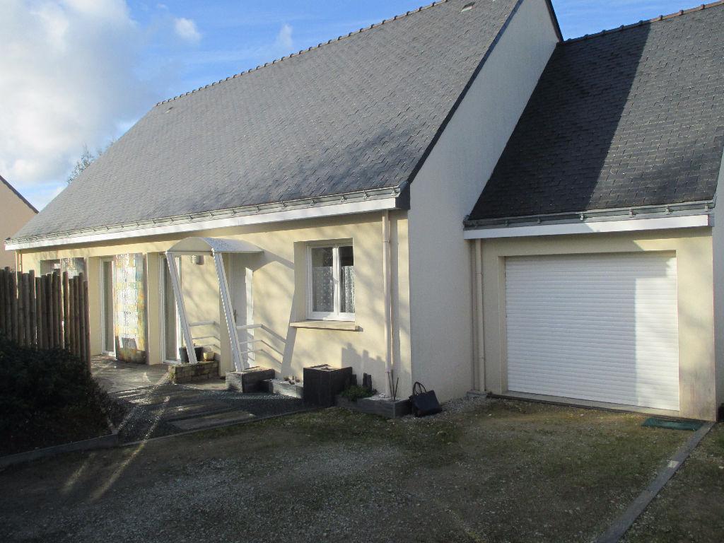 Vente immobilier Maison plain pieds Pluneret 5 chambres terrain env 950 m2 1 garage - 15km de vannes Prochec golfe du morbihan