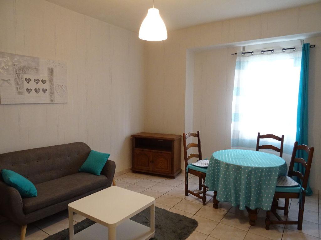 Appartement rdc Vannes centre - gare - 2 pièce(s) 42.80 m2