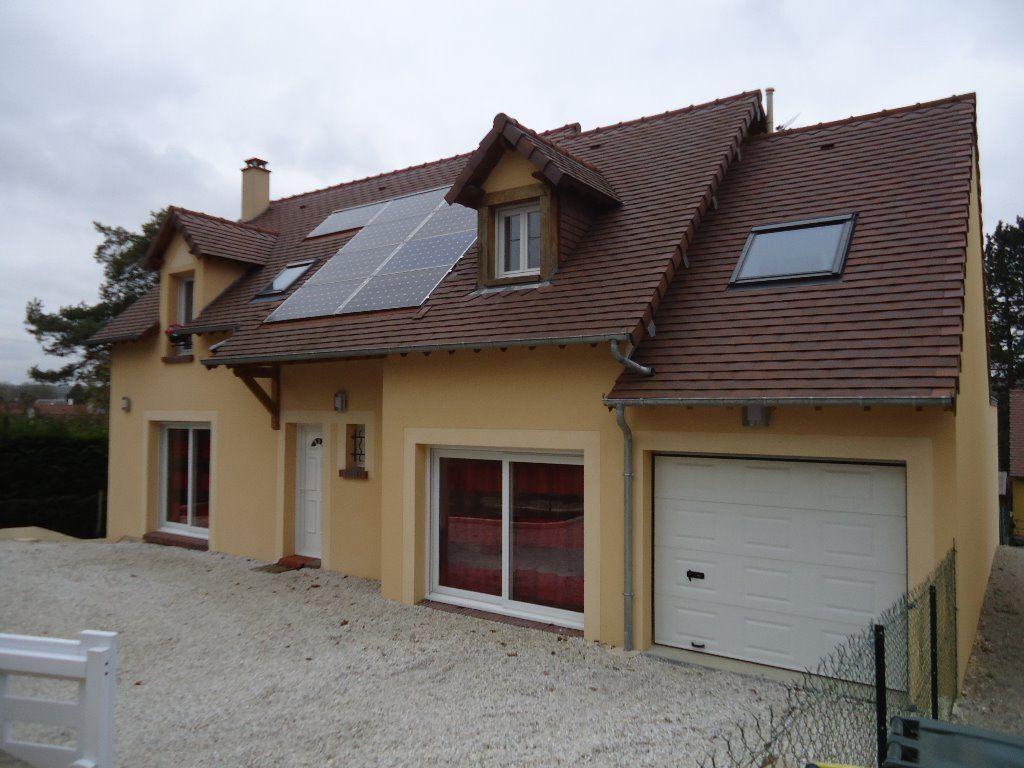Belle maison traditionnelle de 2009