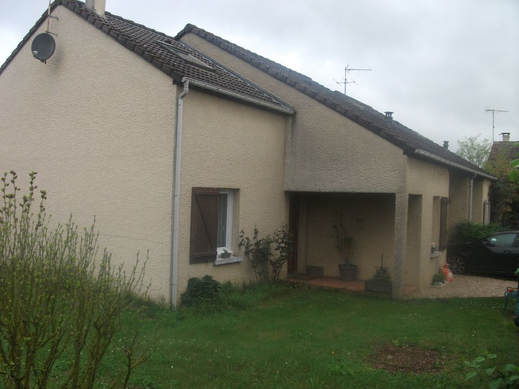 MAISON TRADITIONNELLE SITUEE A ANET