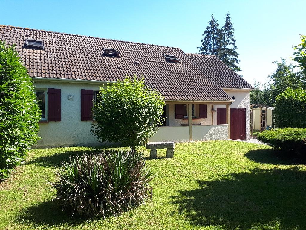 A 2 min d'Anet, maison traditionnelle avec garage