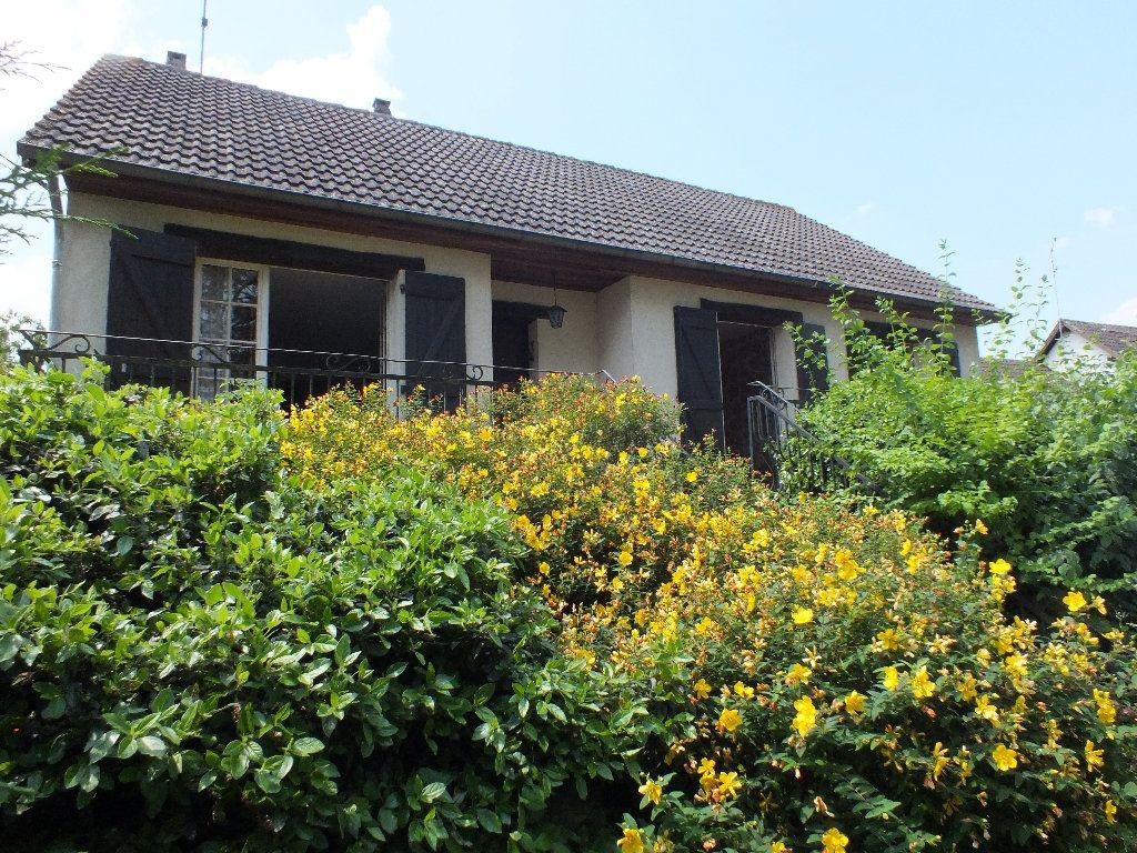 Proche Anet, maison traditionnelle avec vue magnifique