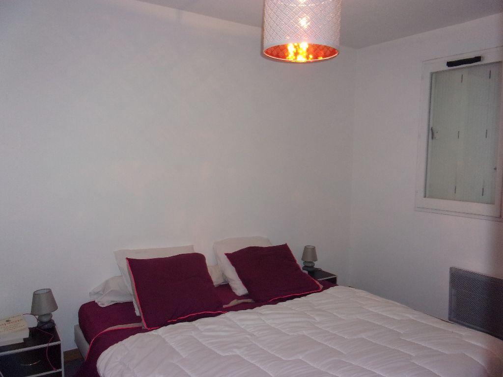 TOULON, proche centre ville,appartement d'environ 63 m2