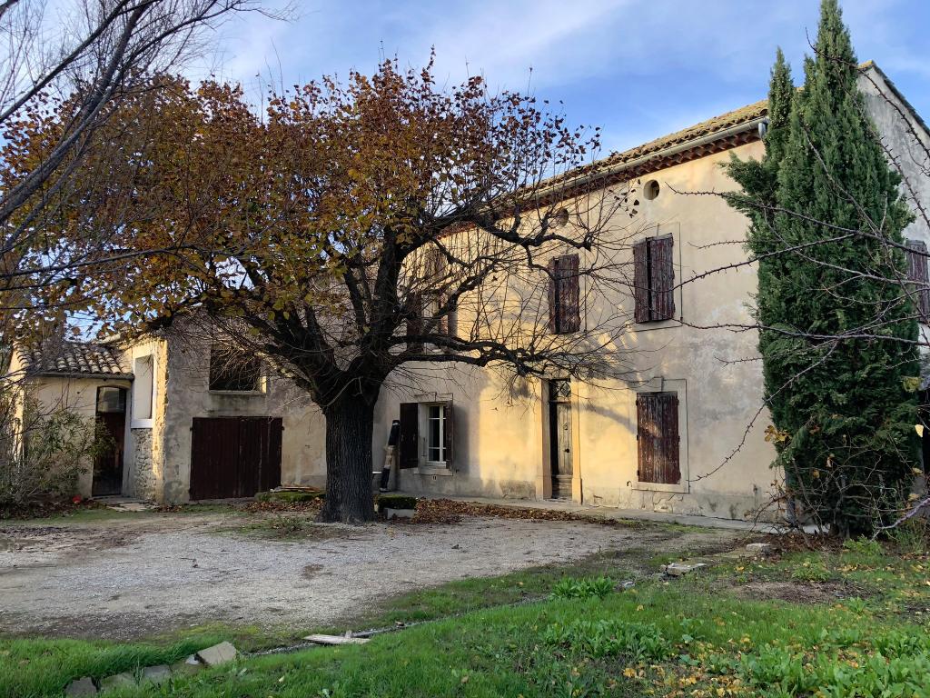 Mas Camaret Sur Aigues 7 pièce(s) 225 m2