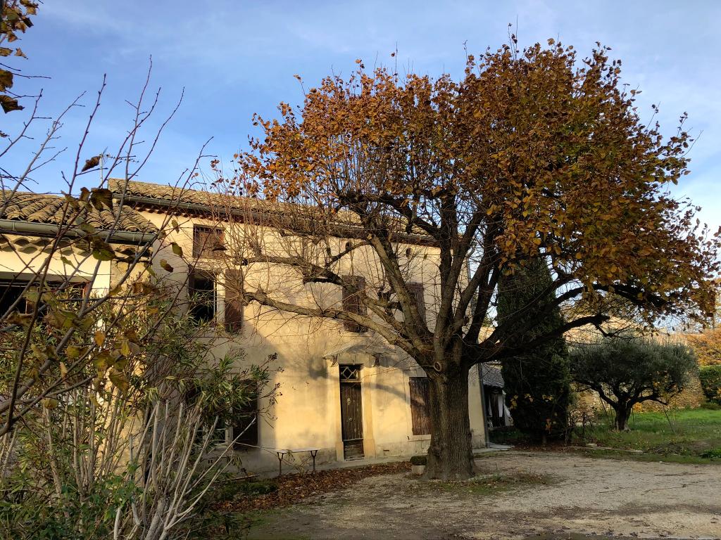Mas Camaret Sur Aigues 842 m² de terrain et 8 pièces 210 m2