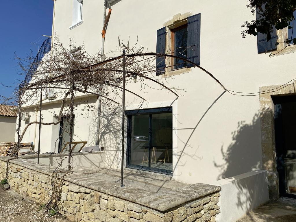 Appartement neuf avec cour Camaret Sur Aigues 82 m2