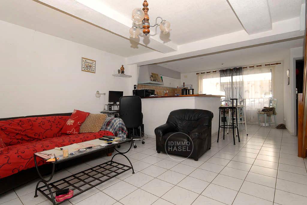 Maison de village Florensac 4 pièce 106 m² avec grand garage et combles aménageables