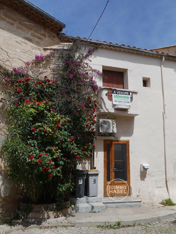 Maison de village, T3 de 55 m² exposé sud,  au calme à Pomerols