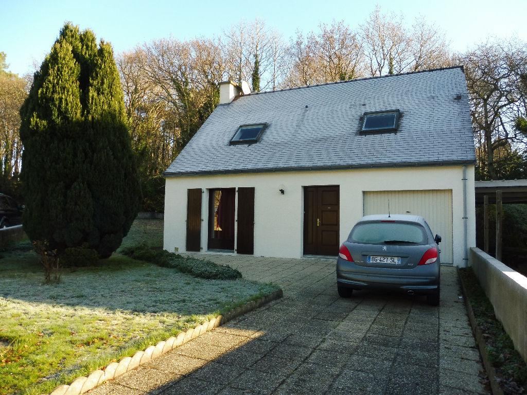 Maison Ploemeur 4 pièceS 98 m2