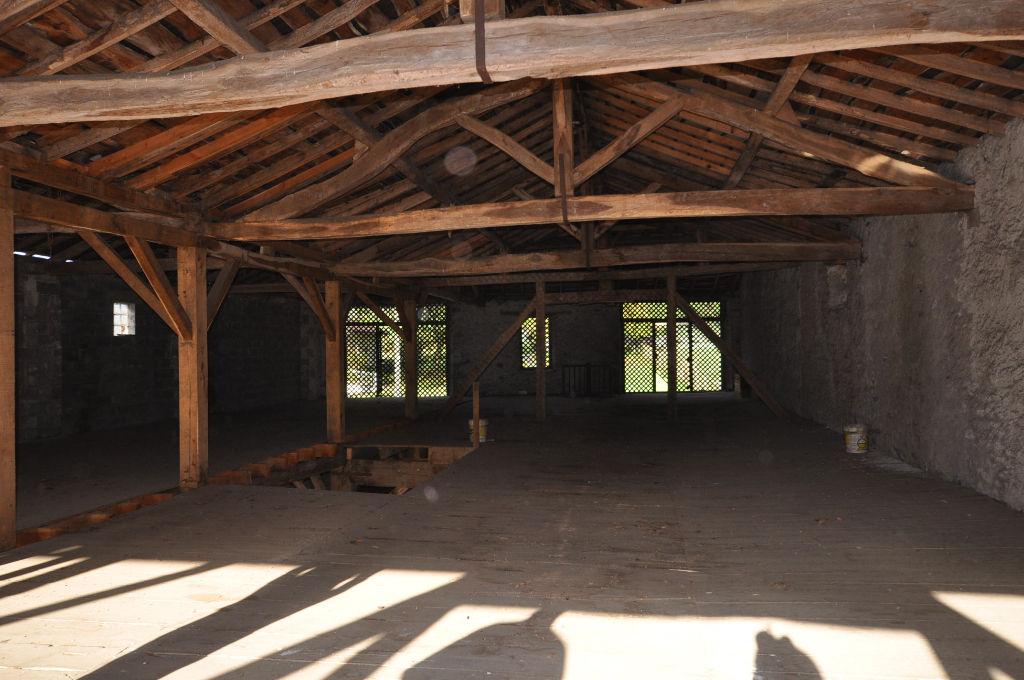 ASPET-Corps de ferme 1 pièce(s) 600 m2