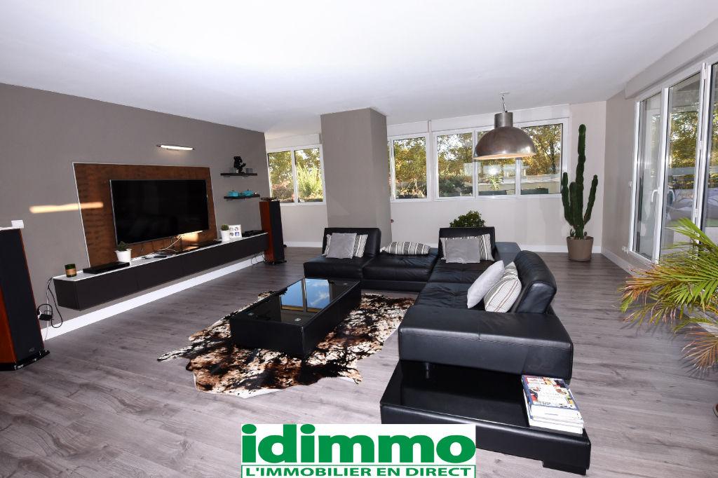 TOULOUSE-Appartement 7 pièce(s) 190 m2