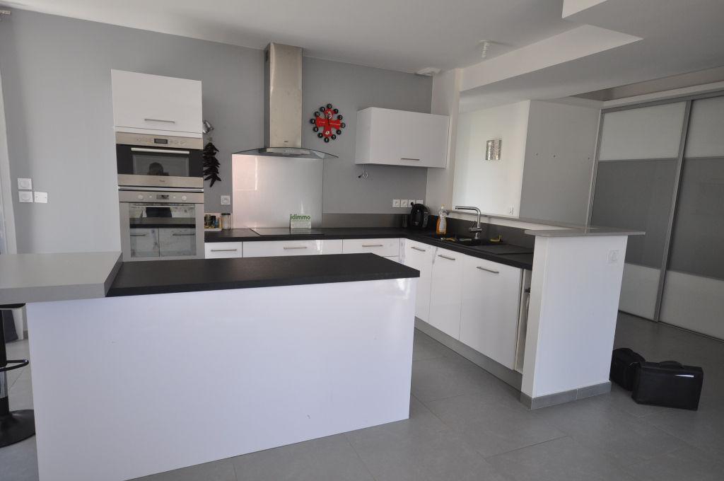 VILLEFRANCHE DE LAURAGAIS-Maison 4 pièce(s) 100 m2