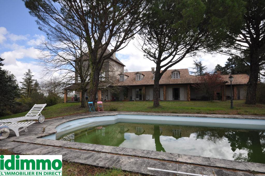 LACROIX-FALGARDE-Maison  11 pièce(s) 550 m2