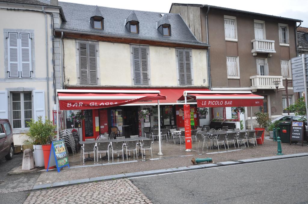 FONDS DE COMMERCE Bar-Castillon En Couserans -7 pièce(s) 270 m2