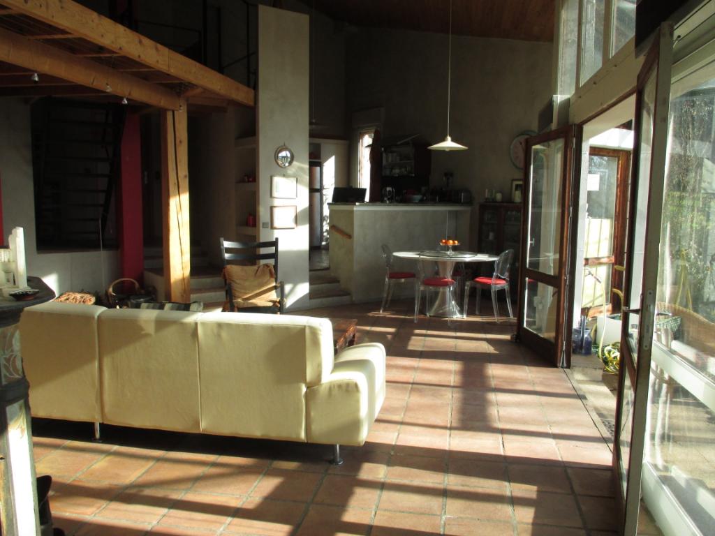 CASTRES-Maison 5 pièce(s) 160 m2