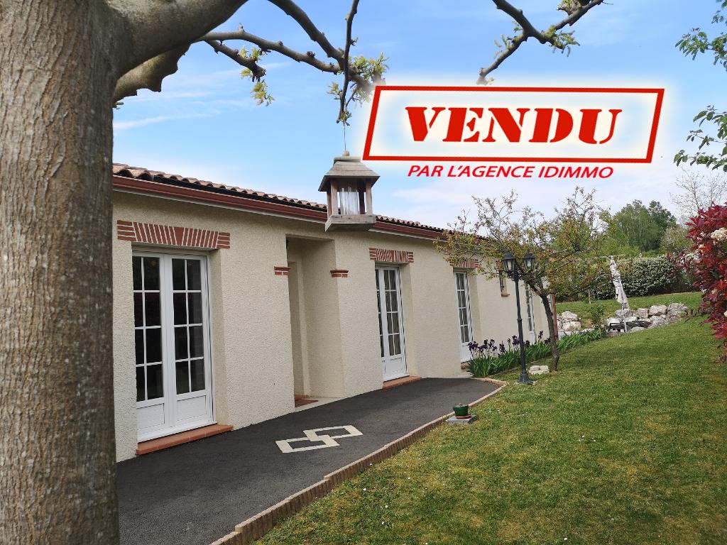 AUTERIVE-Maison 5 pièce(s) 170 m2