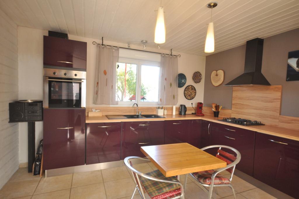 AUTERIVE-Maison 4 pièce(s) 120 m2
