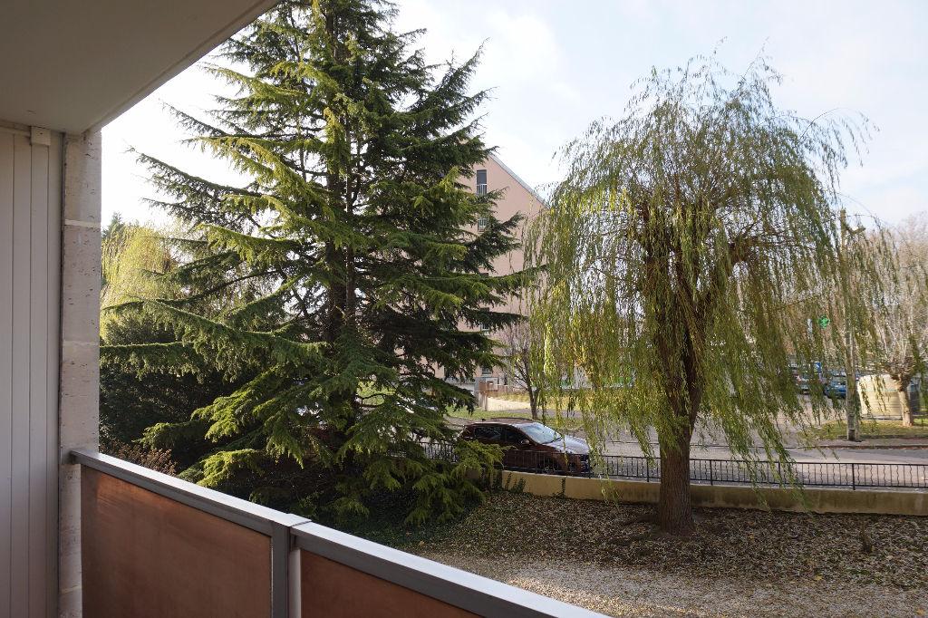 Appartement  2 pièce(s) 43 m² Proche Centre Troyes