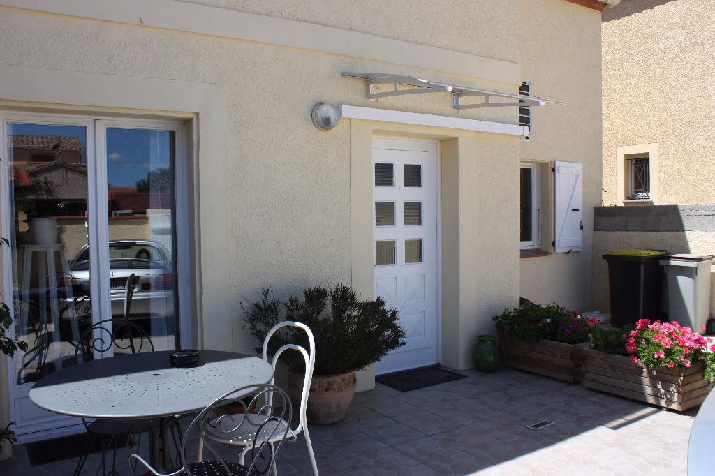 Coquette maison rénovée 5 pièces 143 m²