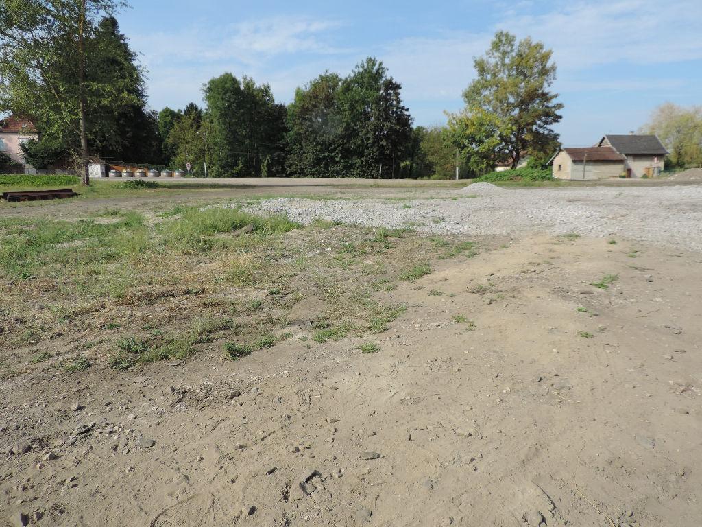 terrain constructible vendu en un seul lot idéal promoteur 7190 m²