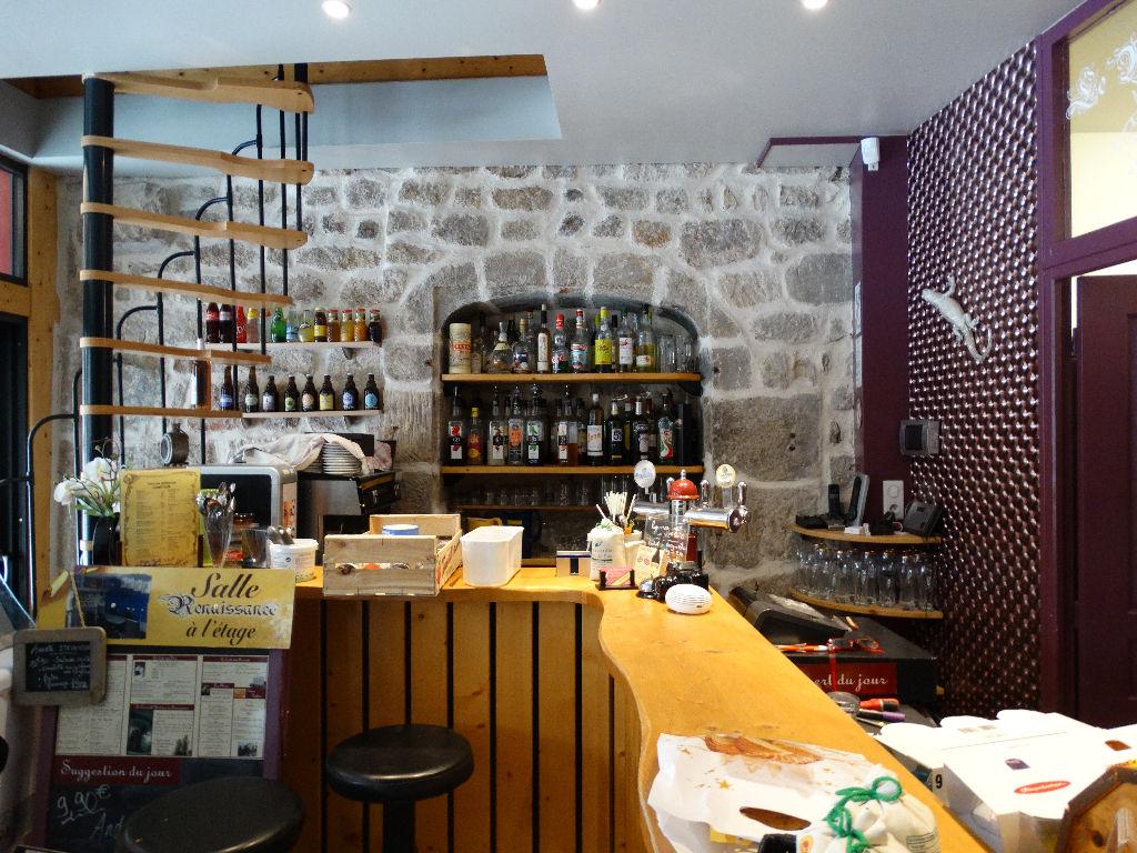 Bar-Restaurant, Cave à vins avec Appartement duplex 120 m2, Sud Est Haute-Loire