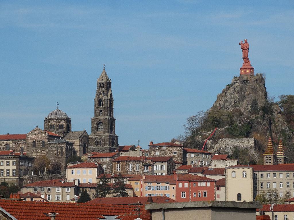 Le Puy en Velay, Maison en position dominante, superbe vue