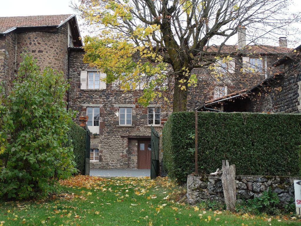 Maison forte sur le chemin de Saint Jacques de Compostelle