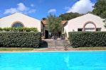 COUP DE COEUR pour cette vaste maison avec piscine.