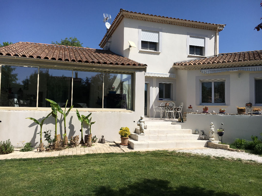 Villa contemporaine Saint Paul Trois Chateaux 175 m2