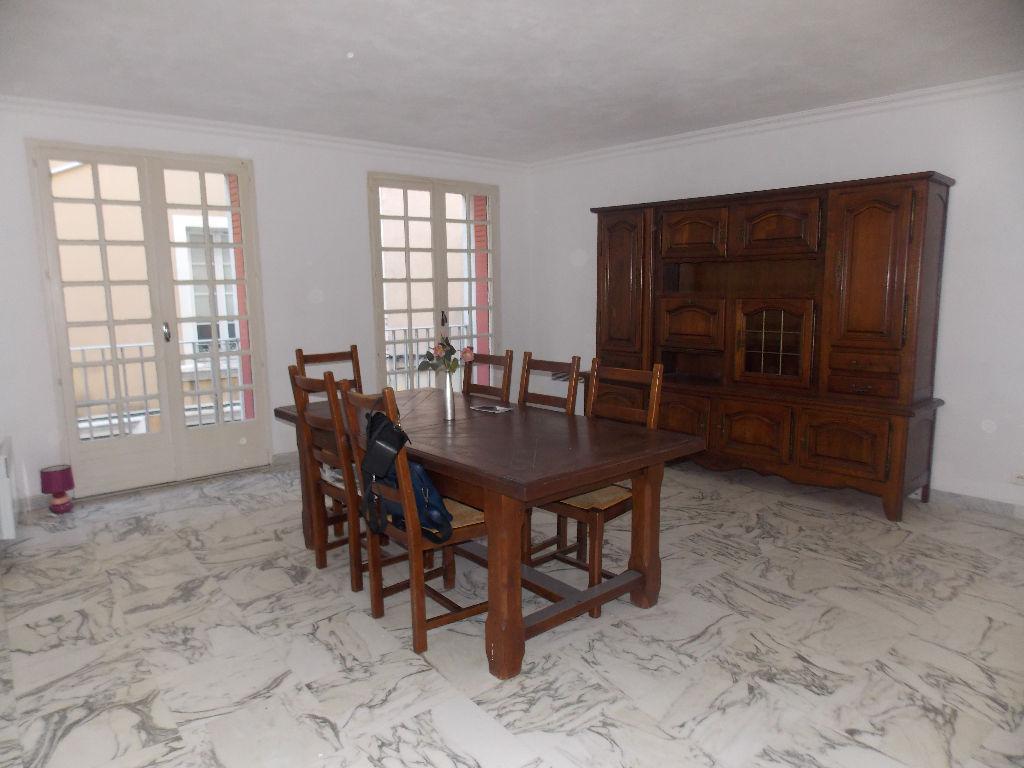 Maison de ville Orange 5 pièce(s) 150 m2