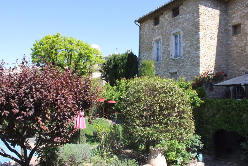 Maison 338m2 Mirabel Aux Baronnies, piscine, jardin