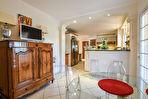 Maison Orange 8 pièce(s) 260 m2
