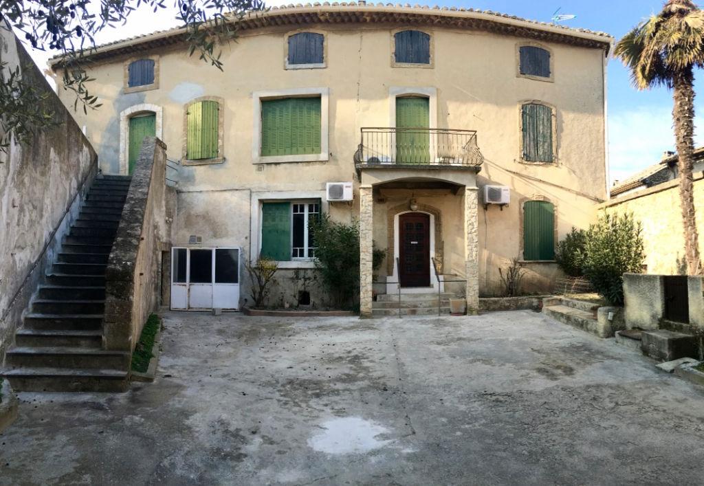 Maison Rochegude 10 pièce(s) 200 m2