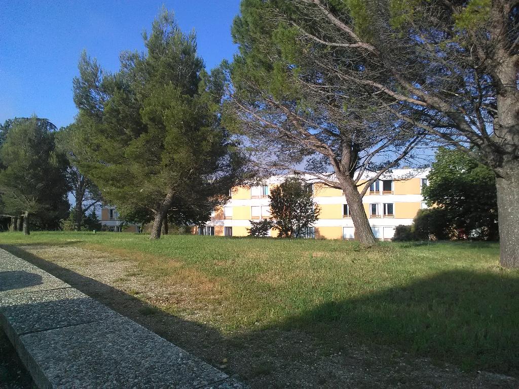 Appartement T5 , 95 m², dans résidence sécurisée