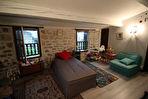 Maison de village 14 pièce(s) 380 m2