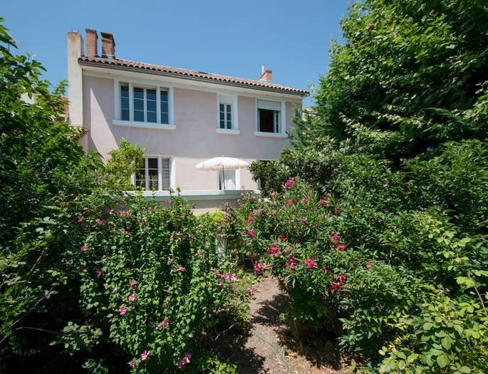 Maison Avignon 7 pièce(s) 170 m2 et 100 m² aménageables