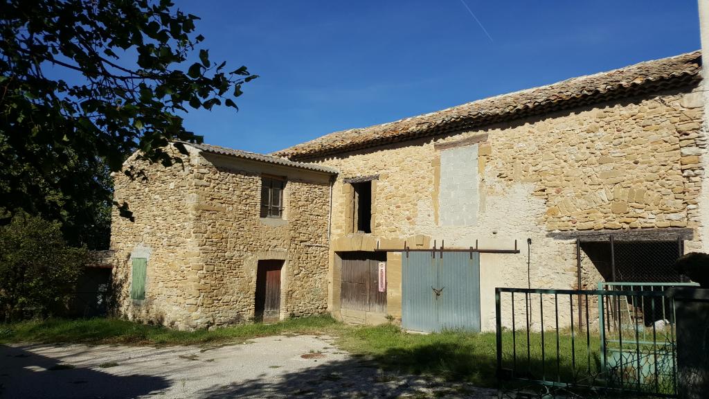 Maison Uchaux 6 pièce(s)