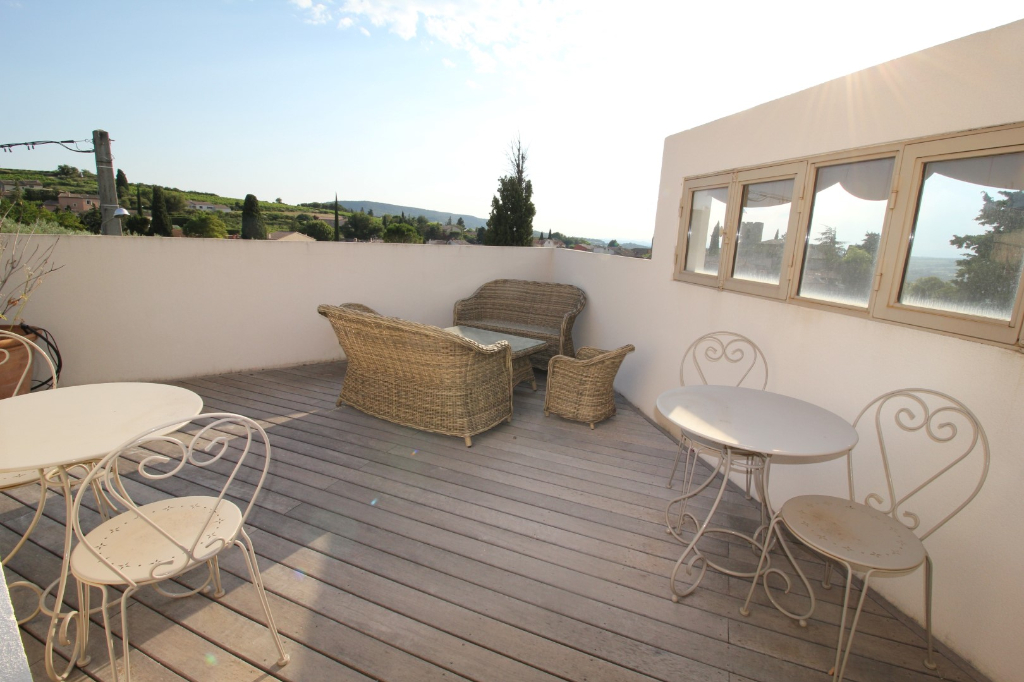 Appartement 77 m2 terrasse panoramique, 3 chambres