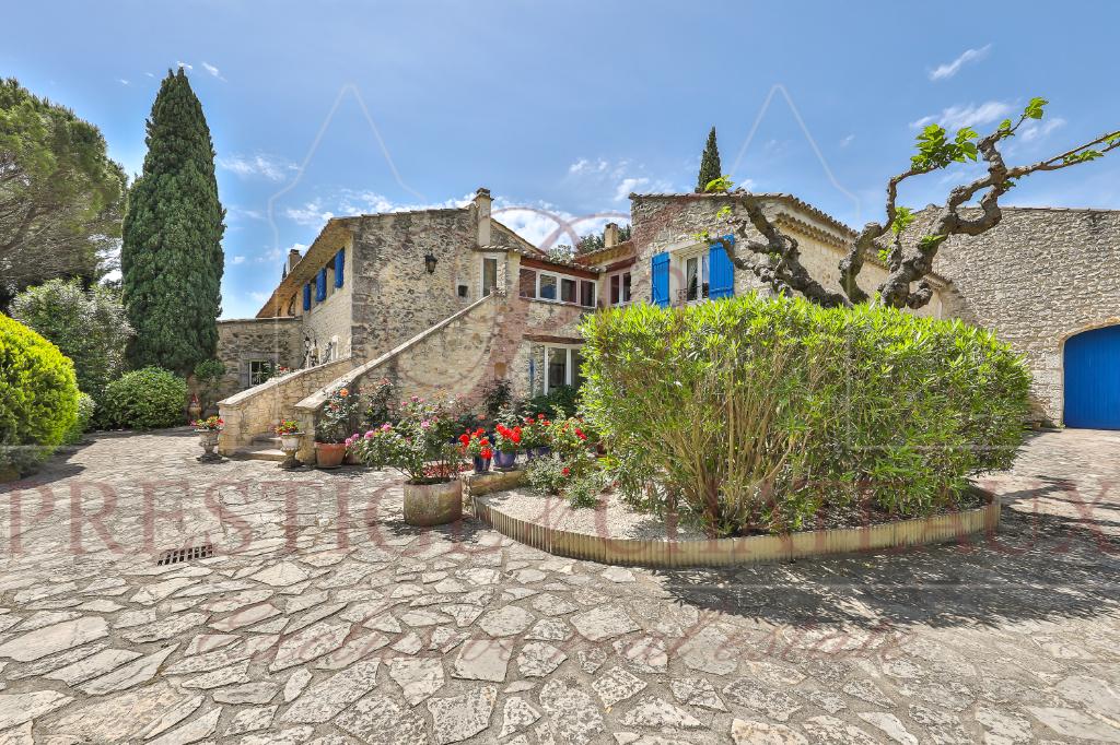 Mas Provençal14 pièce(s) 550 m2