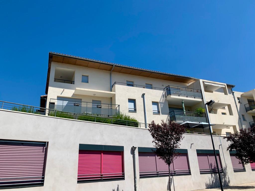 Appartement Orange 3 pièce(s) 63 m2