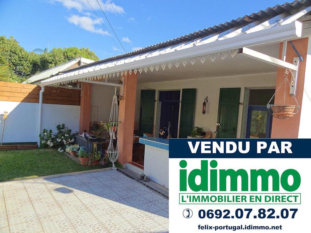 DÉJÀ VENDU par IDIMMO: Ste Clotilde, villa T3 plain-pied 102m² SU sur terrain 290m² !
