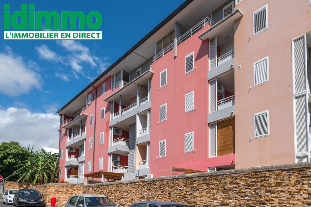IDIMMO: Ste Clotilde, Dernier étage appt T3 57m² SU !