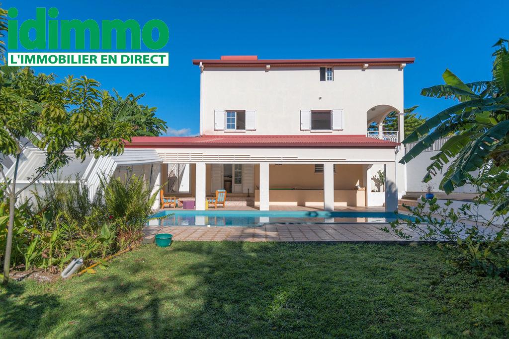 IDIMMO : Bagatelle, Villa T6 de 274m² SU, piscine et vue mer !