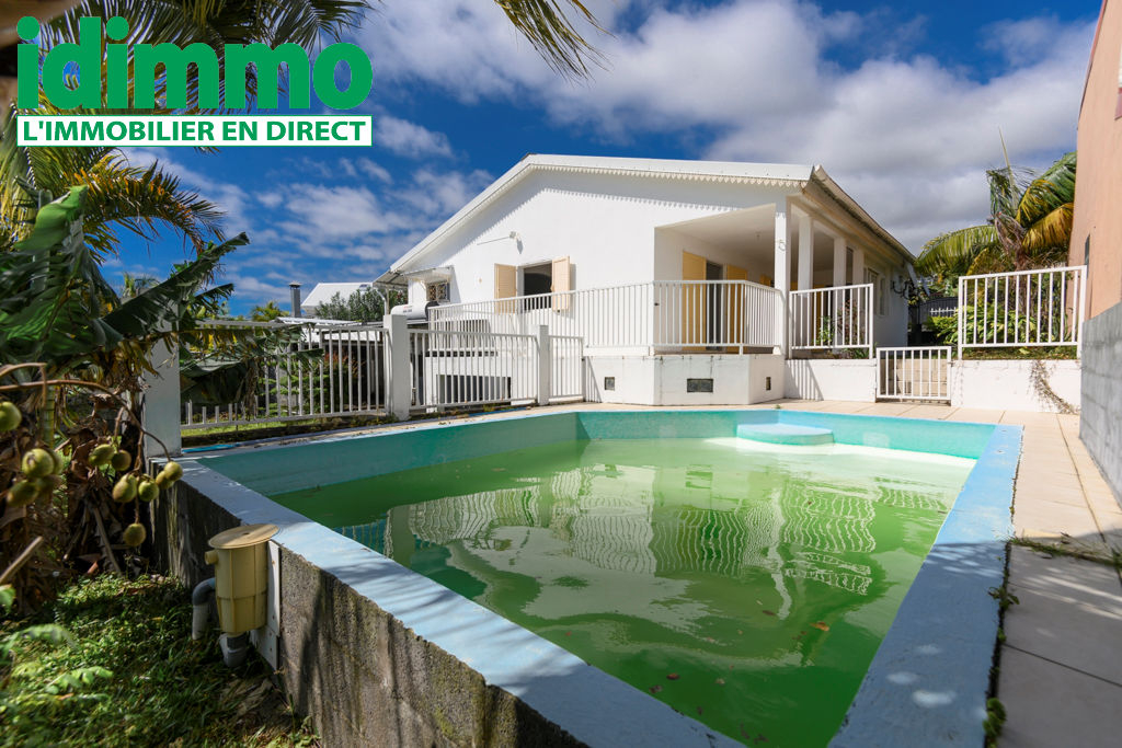 IDIMMO : Ste Suzanne Bagatelle, Villa T5 149m² SU avec piscine sur terrain 500m² !