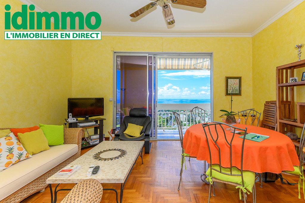 IDIMMO: Bellepierre, T3 80m² SU, dernier étage et avec vue mer panoramique !