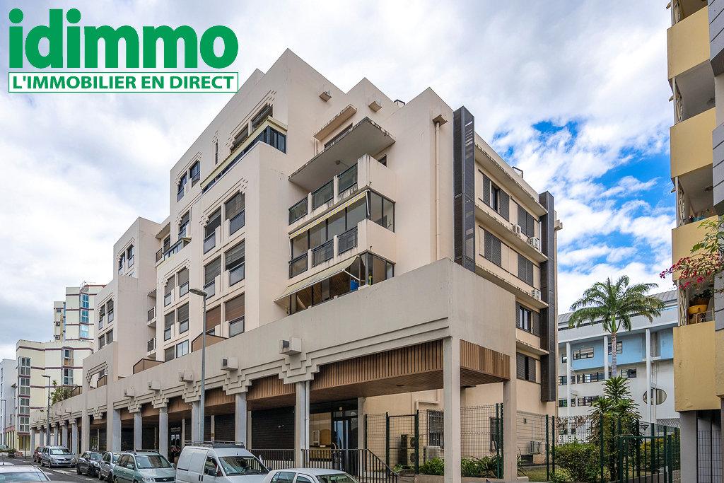 IDIMMO : Champ Fleuri, Appartement T2 de 67m² avec PK et cave !