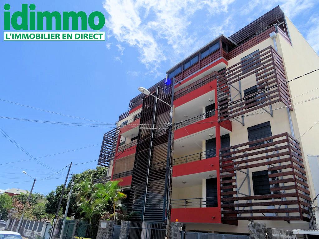 IDIMMO : St Denis proximité centre, joli T3 90m² SU avec PK !