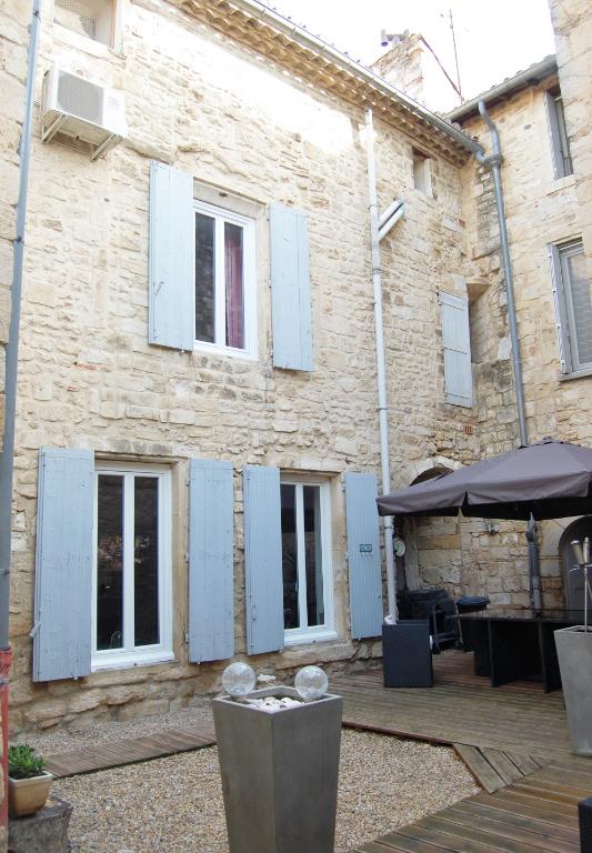 Immeuble de rapport dans le Gard 5 APPARTEMENTS