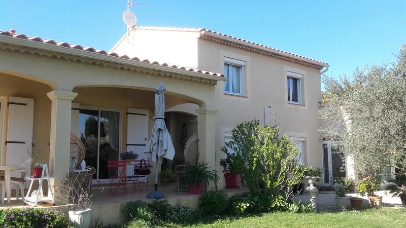 Villa Serignan Du Comtat 6 pièce(s) 150 m2