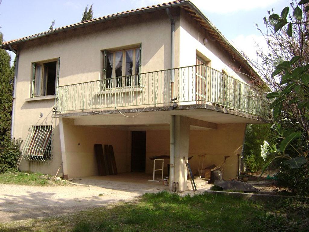 Maison Orange 7 pièce(s) 195 m2